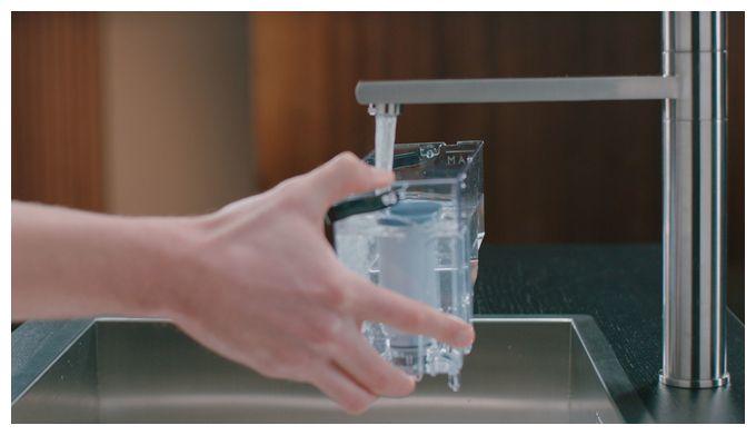 Wie der CA6903/00 Kalk- und Wasserfilter