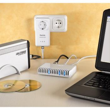 00053799 Netzwerk-Switch 5 Port 10/100 inkl. CAT5e-Netzwerkkabel 0,50 m
