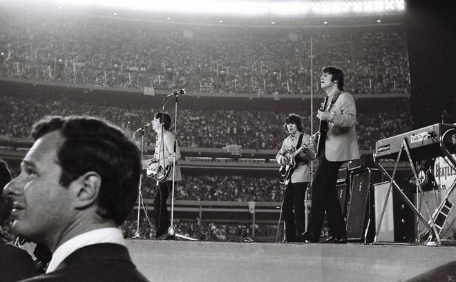 The Beatles: Eight Days a Week - The Touring Years OmU (DVD)
