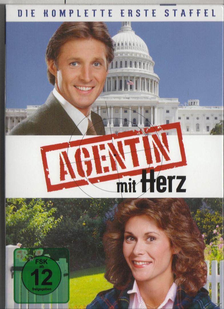 Agentin mit Herz - Season 1 (DVD) für 19,99 Euro