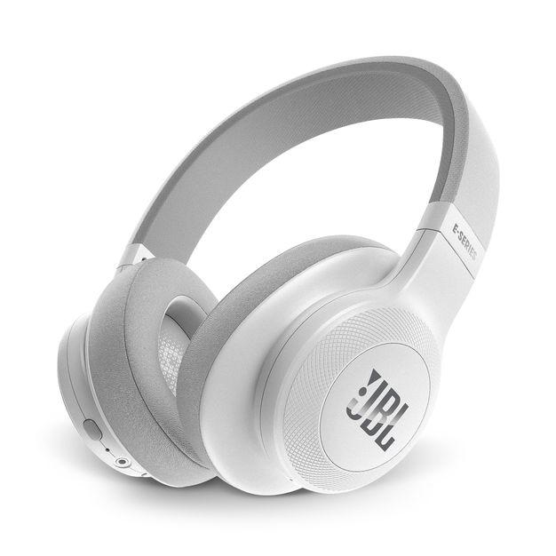JBL E55 Bluetooth Over-Ear-Kopfhörer Ein-Tasten-Fernbedienung für 94,99 Euro