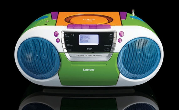 Lenco SCD-681 portable Boombox DAB+ FM CD/MP3-Player Kassette USB AUX-In für 129,00 Euro