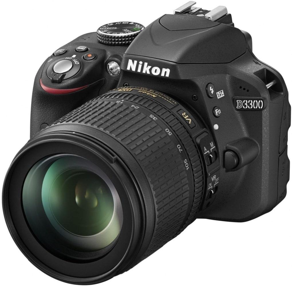 Nikon D3300 Spiegelreflexkamera 7,5cm/3'' 24,2MP Full-HD + 18-105 VR für 529,00 Euro
