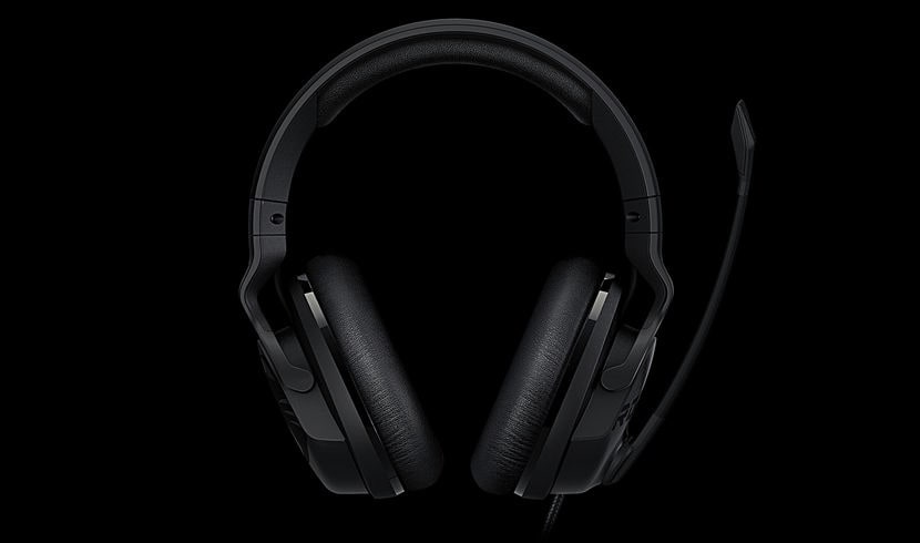 ROCCAT Khan Aimo-7.1 High Resolution RGB Gaming-Headset passives Noise-Canceling für 119,99 Euro