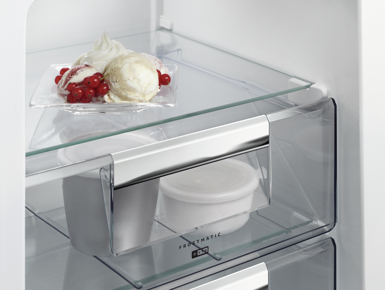 Aeg Kühlschrank Gefrierkombination : Aeg sce lc von expert technomarkt