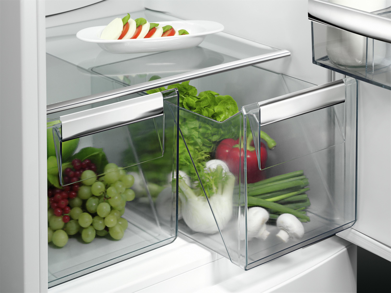 Aeg Kühlschrank Gefrierkombination Einbau : Aeg scb61821lf von expert technomarkt