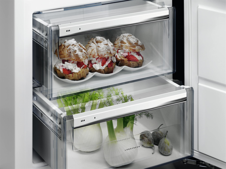 Aeg Kühlschrank Festtür Montage : Aeg kühlschrank festtür montage: aeg ske zc einbau kühlschrank von